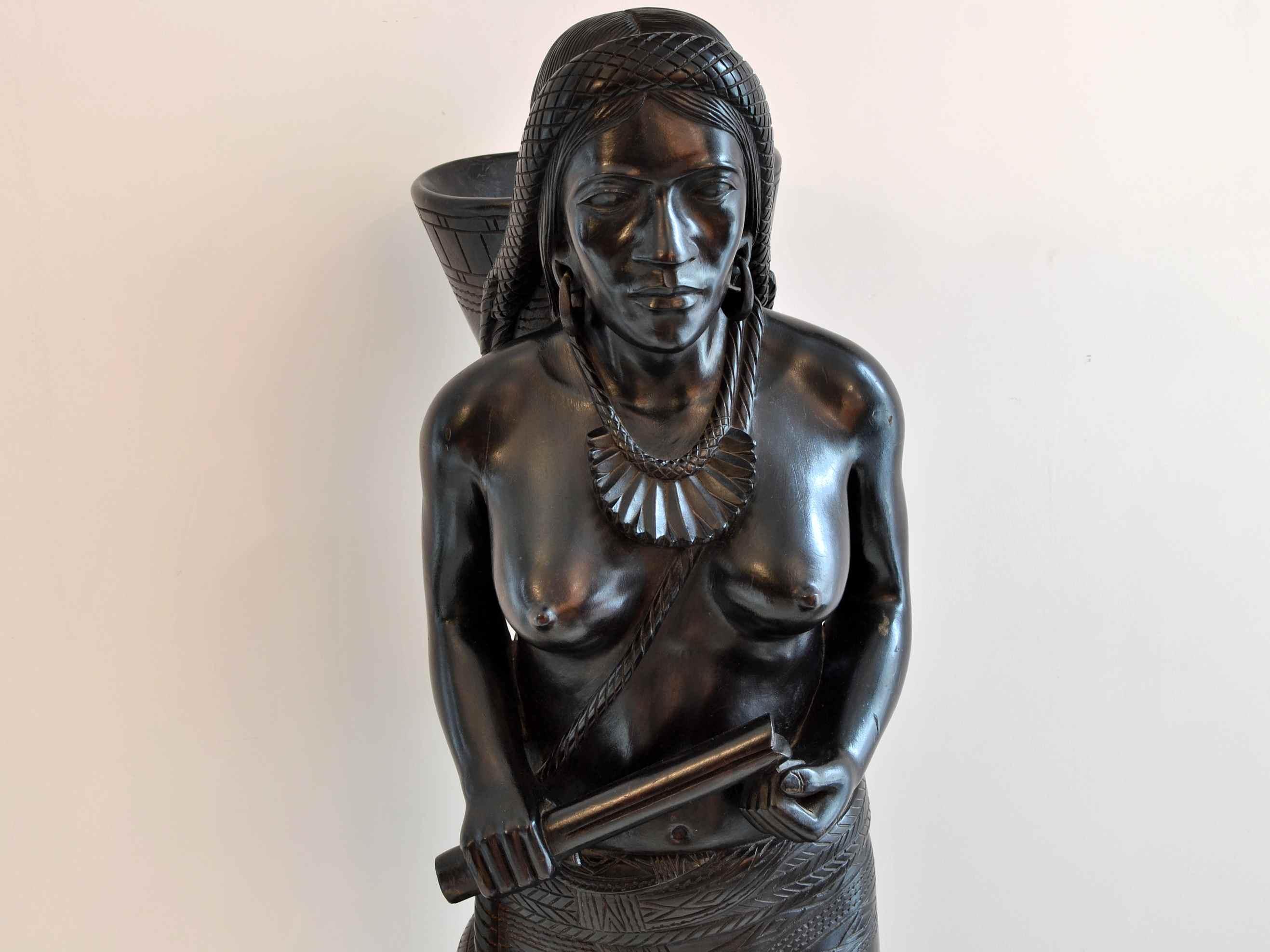 Statui din lemn exotic masiv