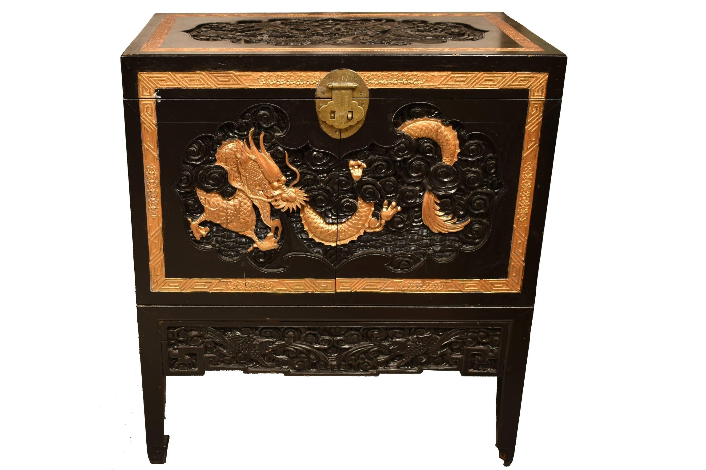 Bar chinezesc cu dragon
