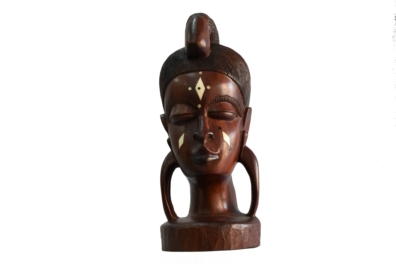 Statuie din lemn exotic si fildes