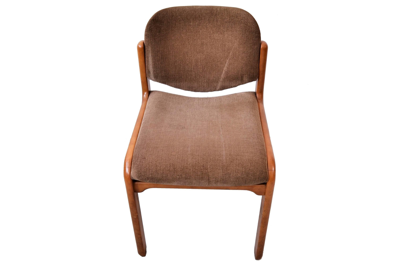Set 2 scaune din nuc masiv, cu tapiterie originala din goblen Belgian.