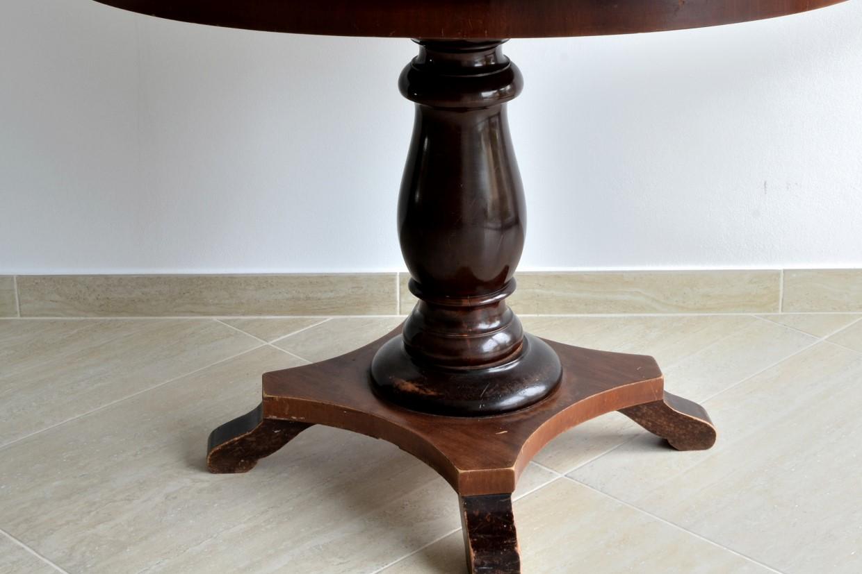 Masuta ovala din lemn masiv de stejar