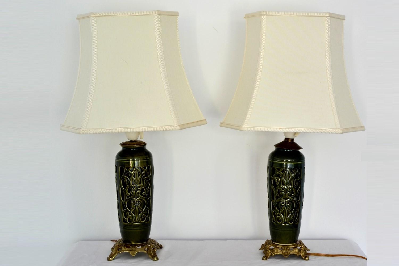Set doua lampi portelan dantelat si bronz