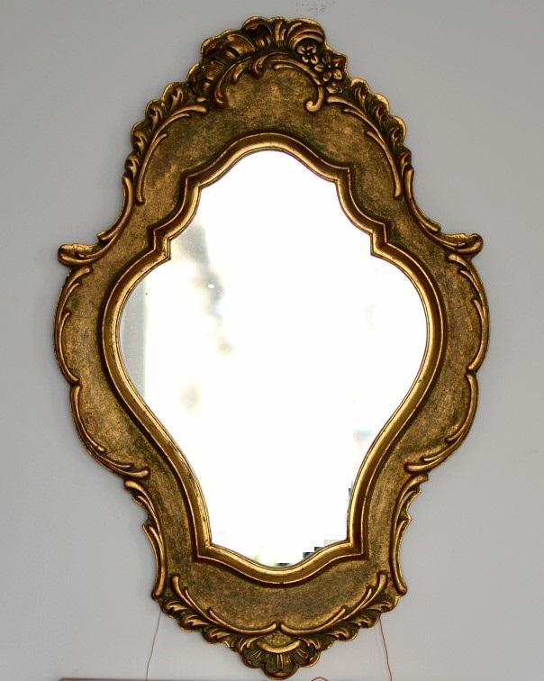 Oglinda cu consola din lemn aurita