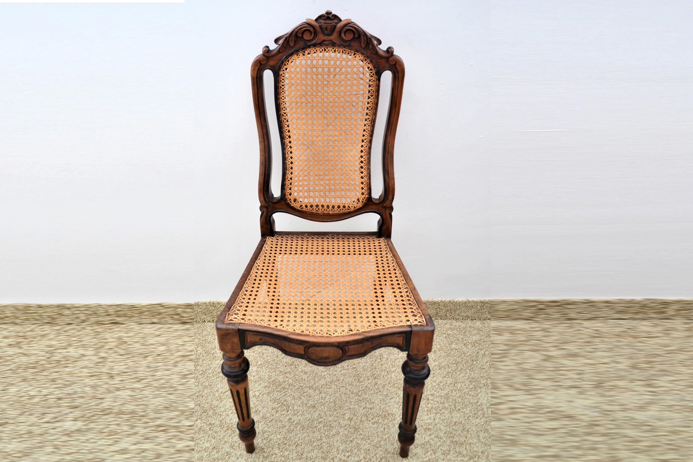 Scaun din lemn de nuc masiv si pai vienez