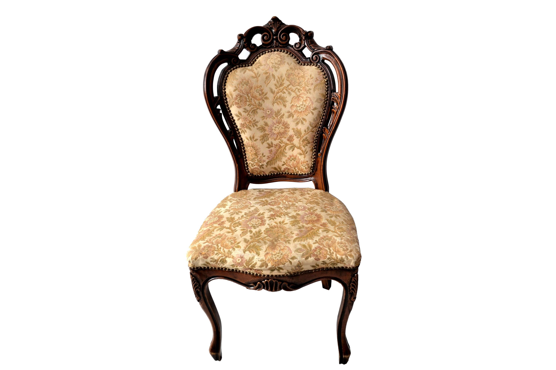 Set 4 scaune stil Louis al XV-lea din lemn de nuc