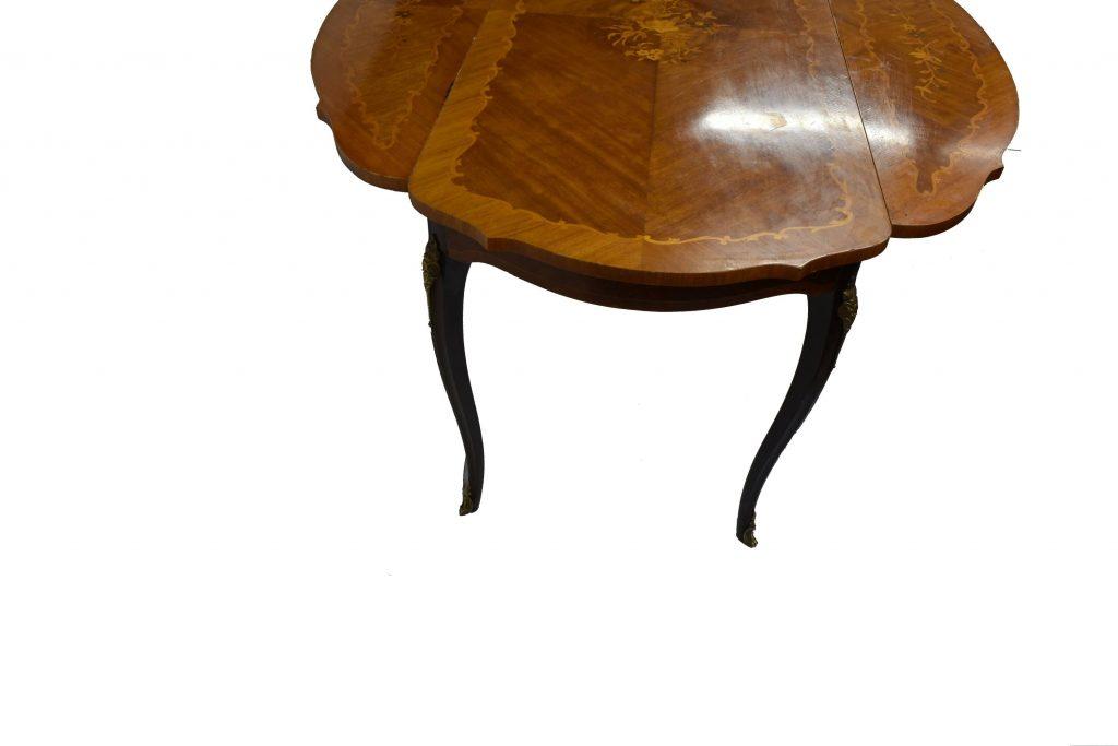 Masuta stil Louis al XV lea din lemn de nuc cu intarsii
