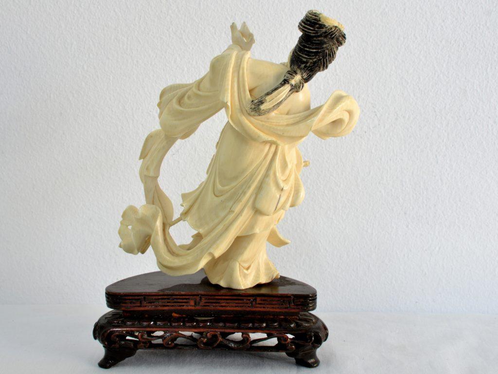 Statueta din fildes