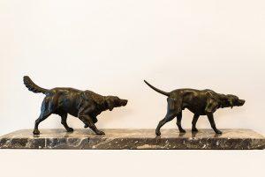 Grup statuar caini de vanatoare Art Deco