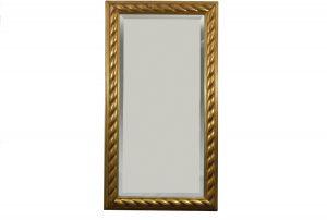 Oglinda din cristal