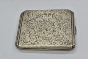 Tabachera din argint