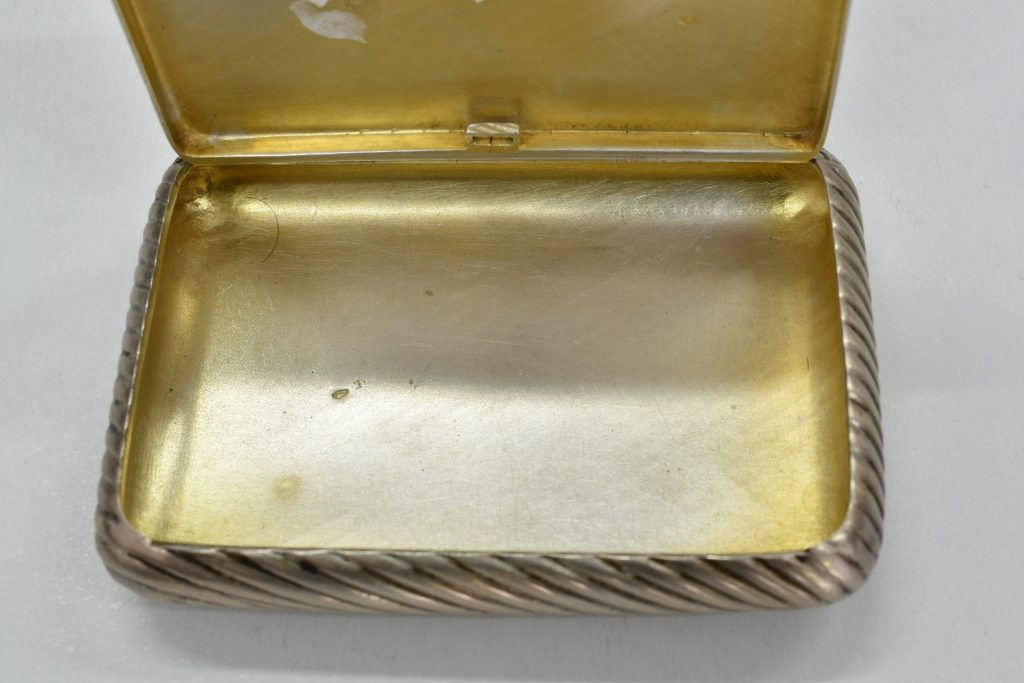Tabachera din argint masiv veche din 1897