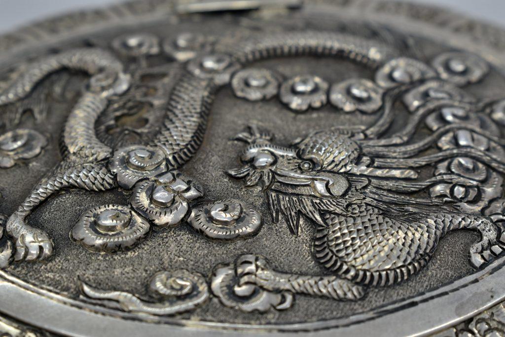 Pudriera din argint masiv cu oglinda din cristal