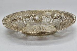 Fructiera baroc din argint masiv