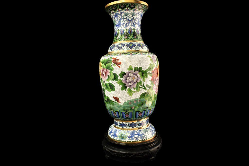 Vaze Cloisonne din bronz de mari dimensiuni