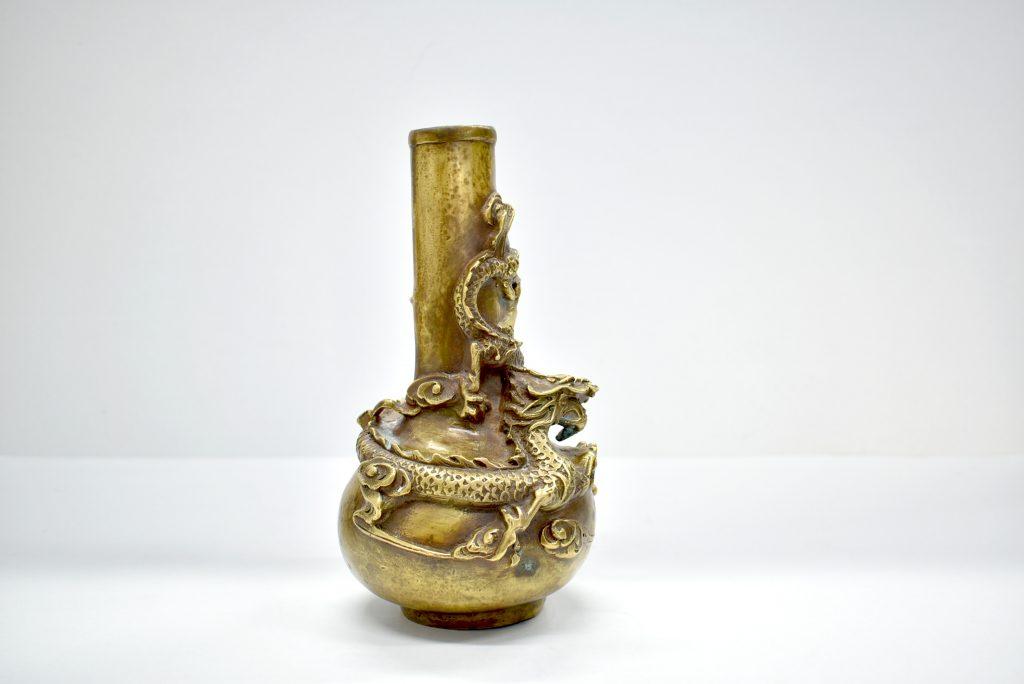 Vaza chinezeasca, veche din bronz