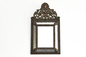 Oglinda din cristal cu rama alama