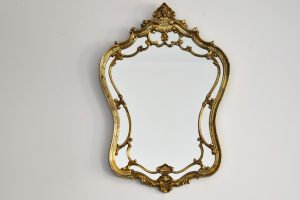 Oglinda stil Louis al 15 lea