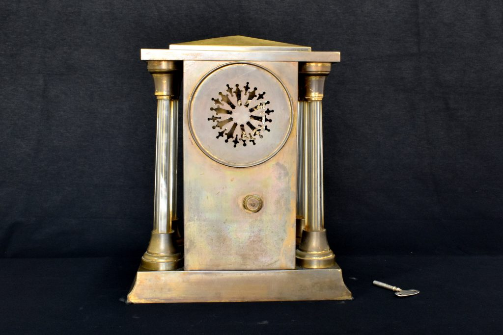 Ceas de semineu Art Deco