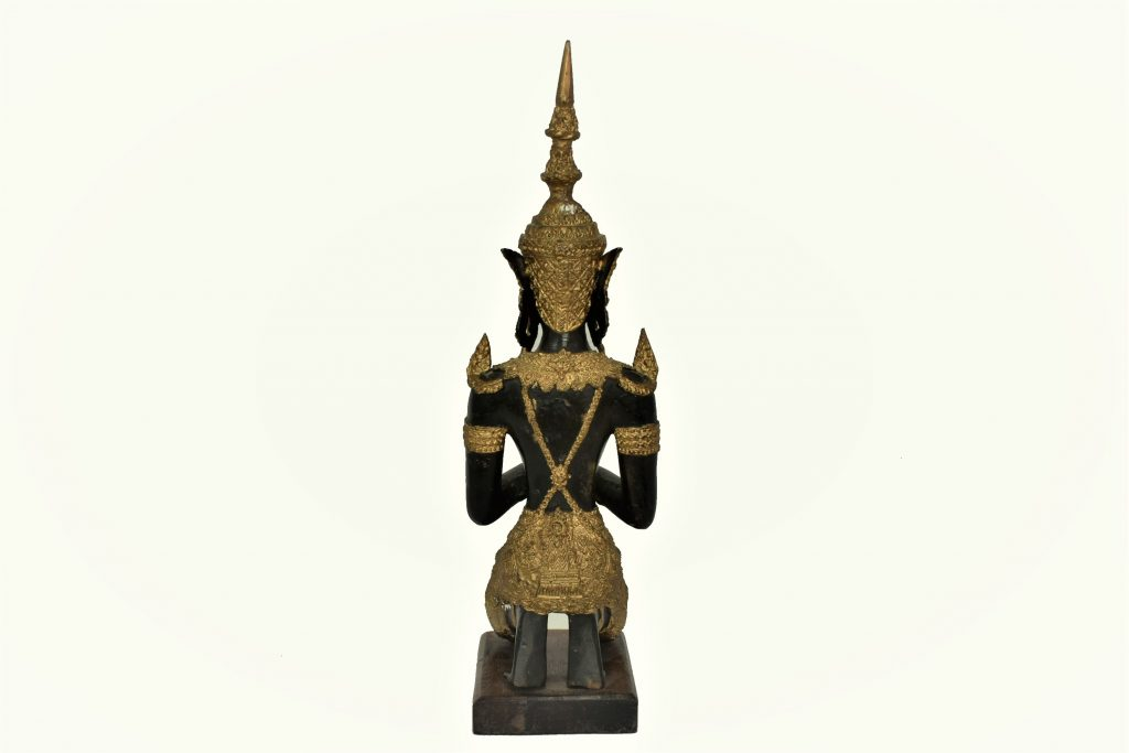 "Statui ""Ingerii lui Buddha"""