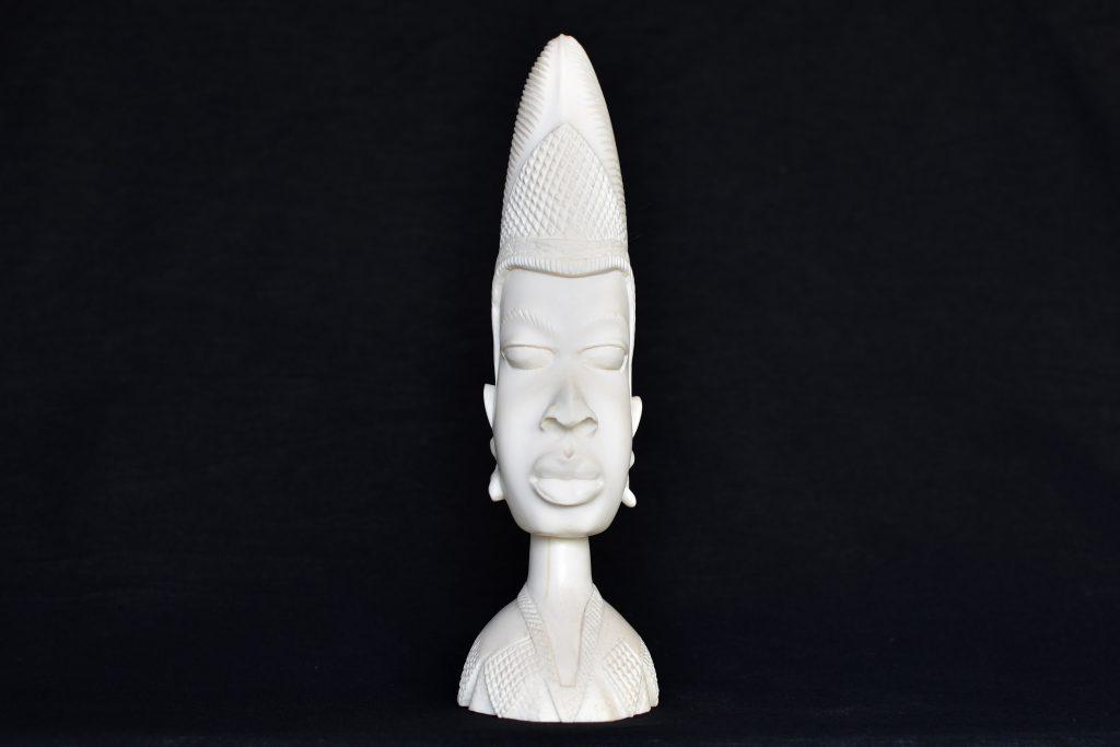 Bust din fildes african