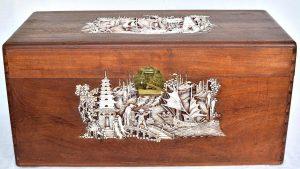Cufar din lemn de camfor