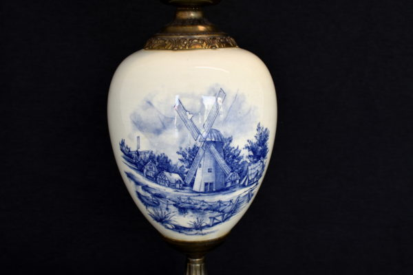 Veioza cu portelan Delft Blue