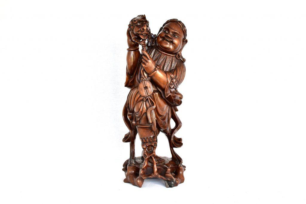 Statuie nemuritor cu un kilin
