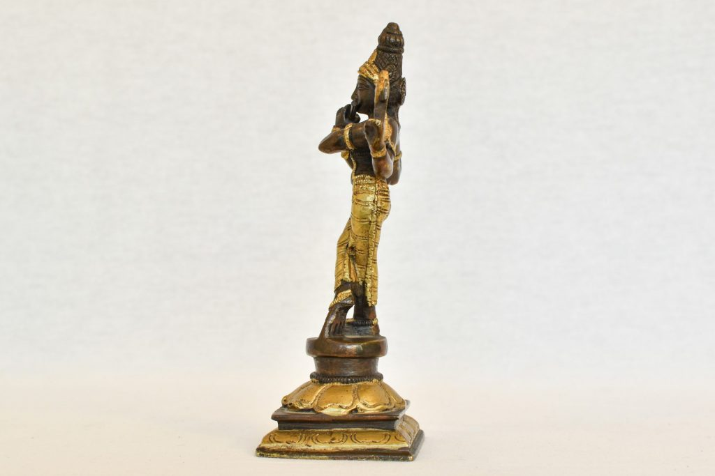 Statueta Parvati cantand