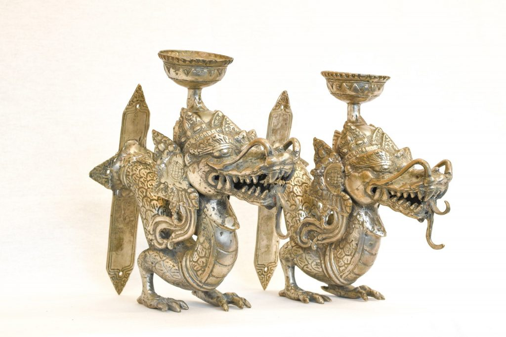 Set doua sfesnice cu dragoni