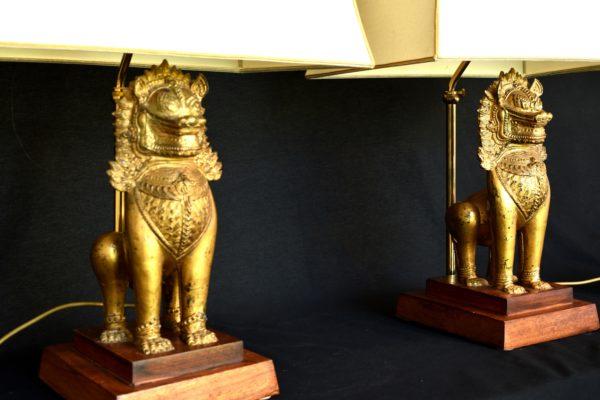 Set lampi cu lei din bronz Singha