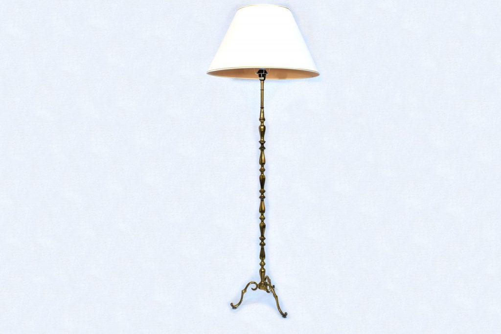Lampadar din bronz