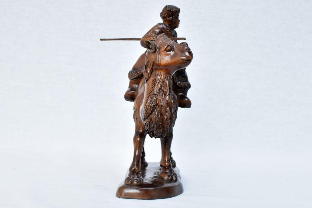 Statueta chinezeasca din lemn exotic